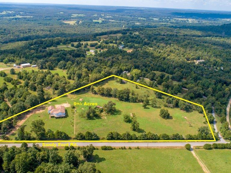 Wilson Auctioneers | WHITE COUNTY 9+/- ACRE HOBBY FARM