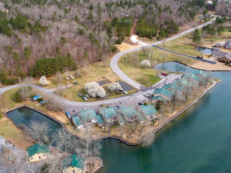 LAKE HAMILTON ABSOLUTE 23 LAKEFRONT CONDOS, 17 LOTS & 56+/- ACRE RESIDENTIAL DEVELOPMENT LAND AUCTION ~ HOT SPRINGS, AR