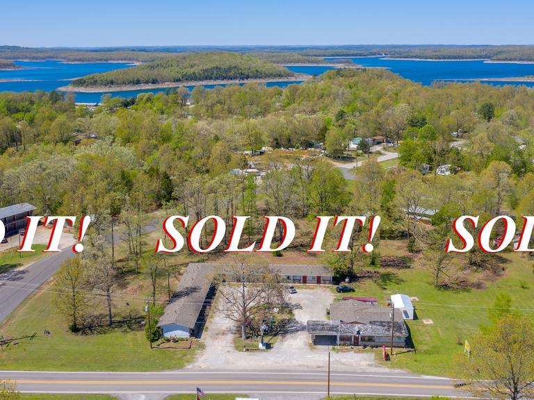 ABSOLUTE RESORT MOTEL REAL ESTATE AUCTION ~ BULL SHOALS, AR
