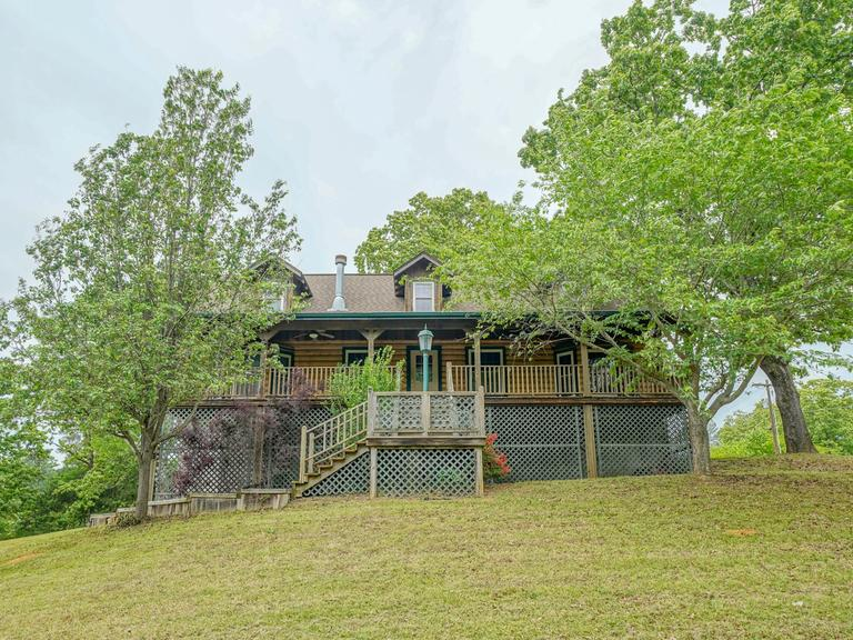 ABSOLUTE LOG HOME AUCTION LAKESIDE SCHOOL DISTRICT ~ HOT SPRINGS, AR